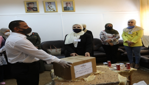 نادي سيدات سلاح الجو يتبرع بطرود خيرية في مستشفى الأمير راشد بن الحسن