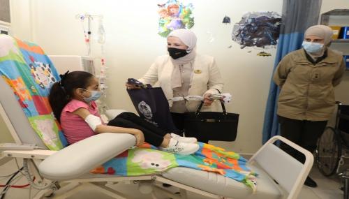 نادي سيدات سلاح الجو الملكي يزور مستشفى الأمير راشد بن الحسن