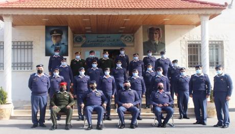 تخريج دورة الضباط التأسيسية رقم 73 في مدرسة الأركان الصغرى
