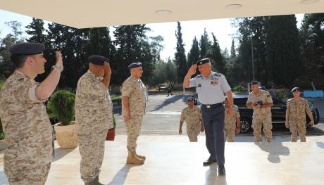 قائد سلاح الجو الملكي يهنئ مرتبات السلاح بمناسبة عيد الأضحى المبارك