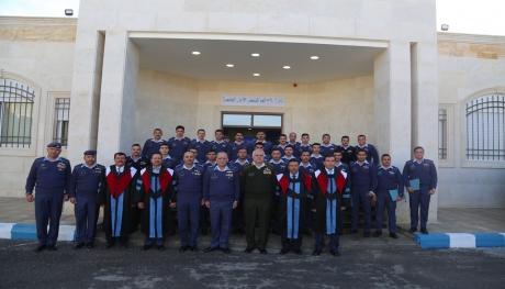 تخريج كلية علوم الطيران في كلية الملك حسين الجوية