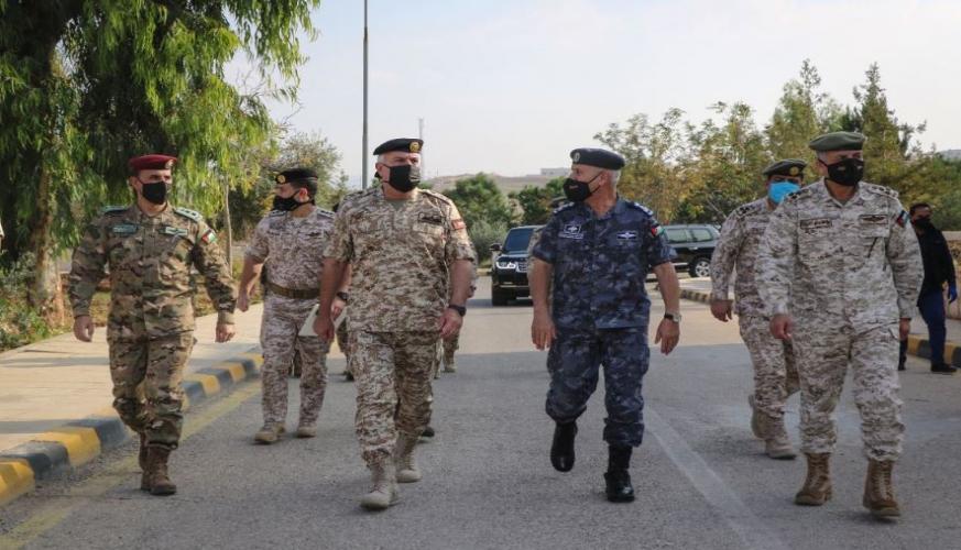 رئيس هيئة الأركان المشتركة: الأردن قويٌ بشعبه ومليكه وجيشه وأجهزته الأمنية