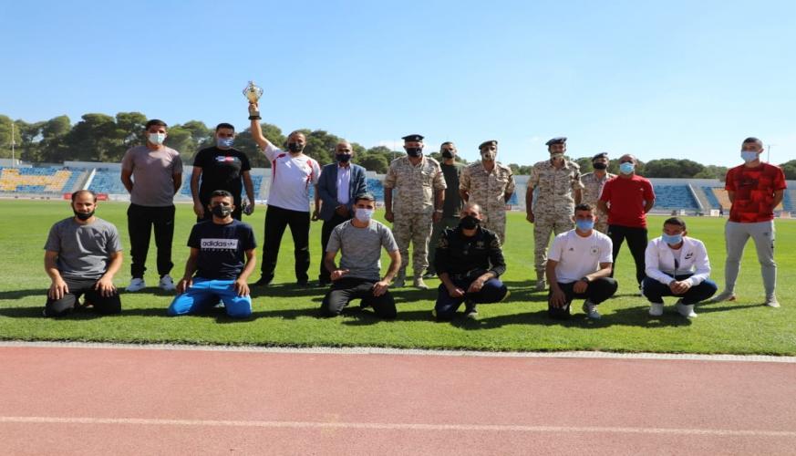 فريق مديرية الإدارة والقوى البشرية يفوز ببطولة سلاح الجو الملكي لألعاب القوى