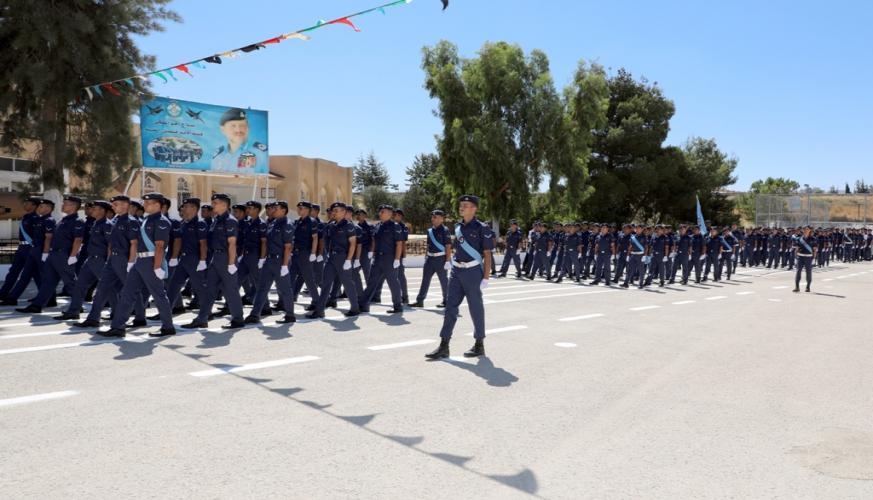 تخريج الفوج السادس والخمسين من تلاميذ كلية الأمير فيصل الفنية