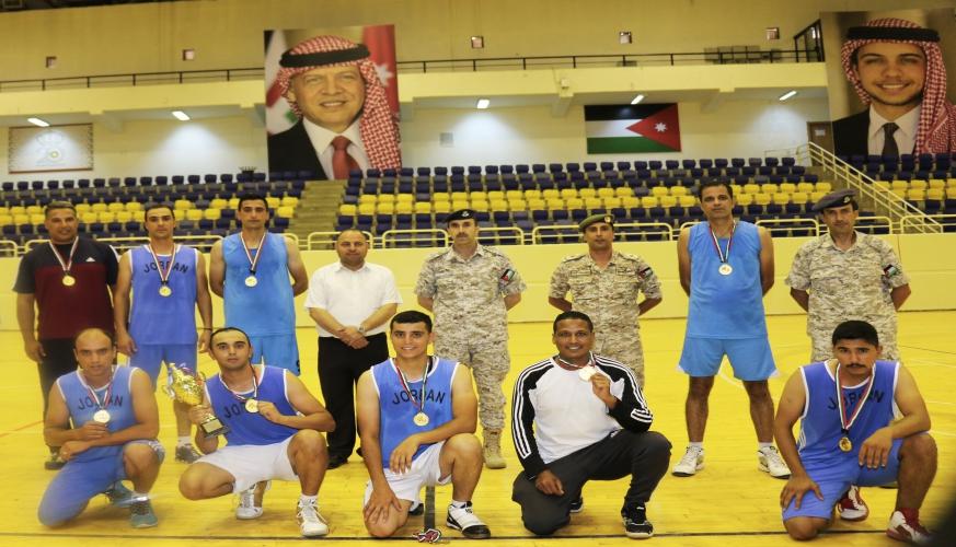 فريق كلية الملك الحسين الجوية يفوز ببطولة سلاح الجو الملكي لكرة السلة