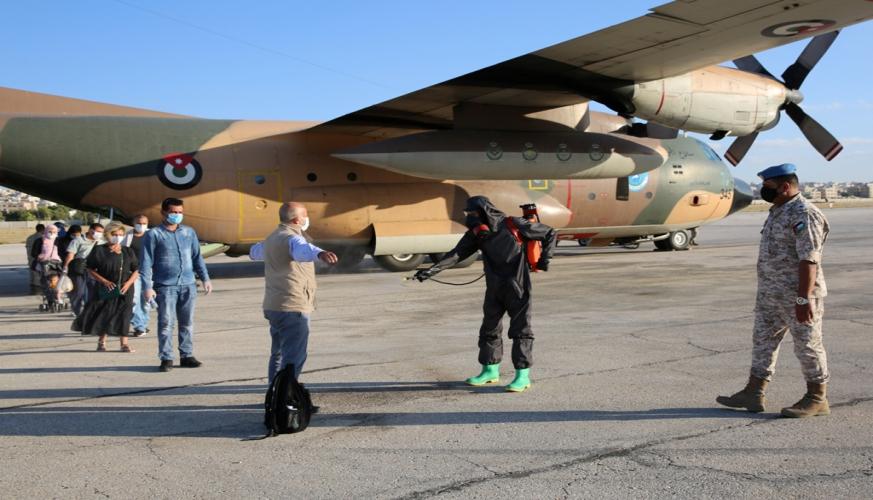 إجلاء 80 أردنياً من لبنان إلى الأردن