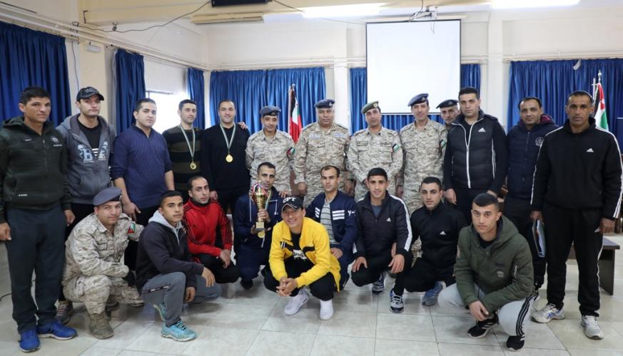فريق مديرية الإدارة والقوى البشرية يحصل على المركز الأول في بطولة قيادة سلاح الجوالملكي لكرة الطاولة
