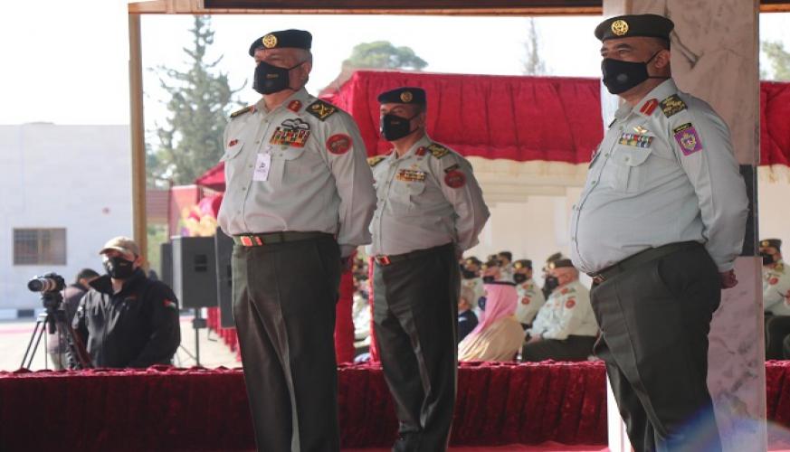 مندوباً عن جلالة الملك رئيس هيئة الأركان المشتركة يرعى حفل تخريج الفوج الثالث من ضباط فرسان المستقبل