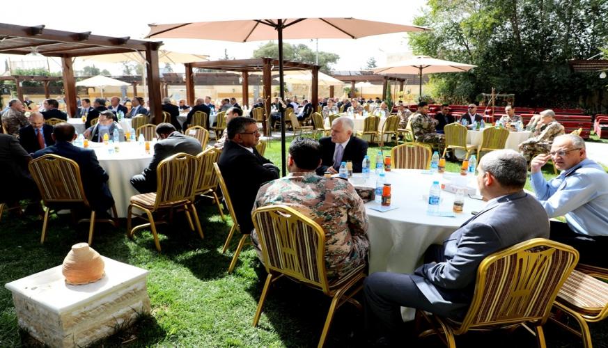 قيادة سلاح الجو الملكي تقيم مأدبة غداء للمتقاعدين العسكريين