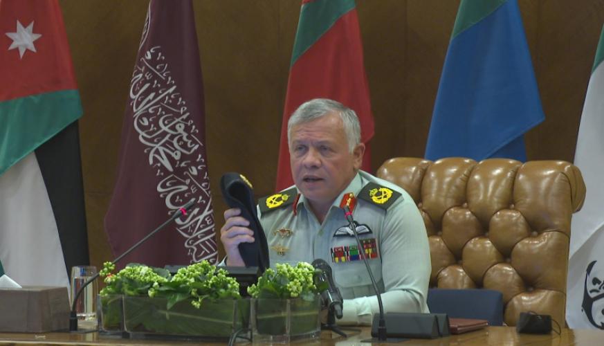 الملك يعرب عن شكره وتقديره لكل من خدم في الجيش العربي منذ تأسيس الدولة