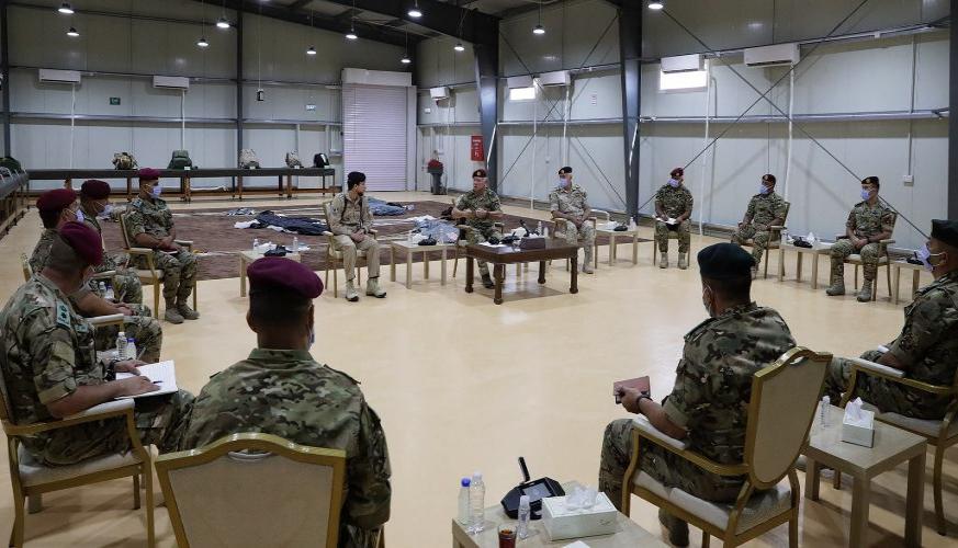 جلالة الملك عبدالله الثاني يؤكد اعتزازه بدور القوات المسلحة في حماية حدود المملكة